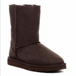 NEW UGG Classic Short Leather Boot